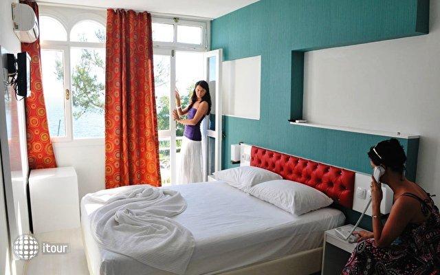 Adalia Hotel 5