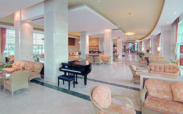 Miracle Resort Hotel 6