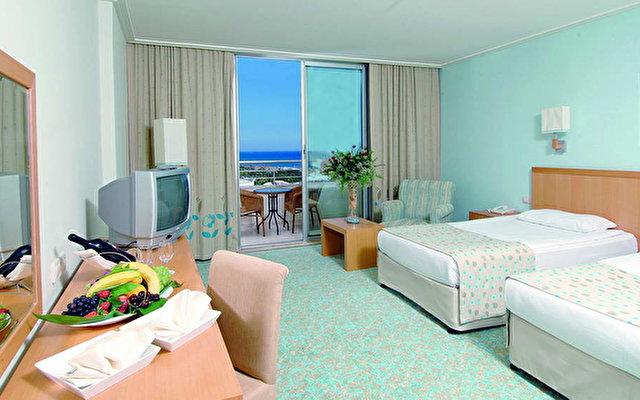 Miracle Resort Hotel 7