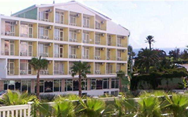 Prima Hotel 4