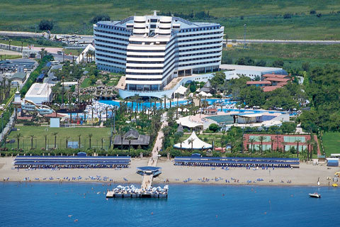 Titanic Beach & Resort 4