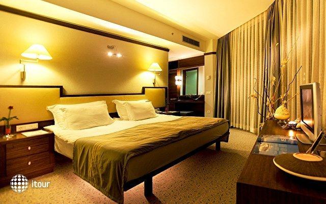 Concorde Deluxe Resort 6
