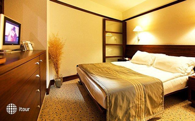 Concorde Deluxe Resort 7