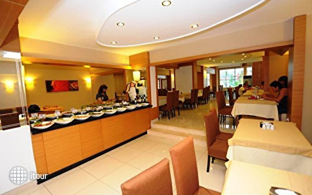 Suite Laguna Hotel 8