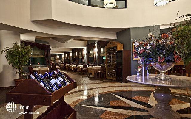 Cornelia De Luxe Resort 5