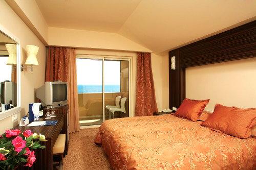 Crystal Family Resort & Spa 13
