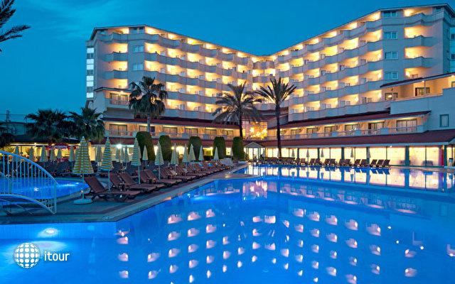 Febeach Resort & Spa 8