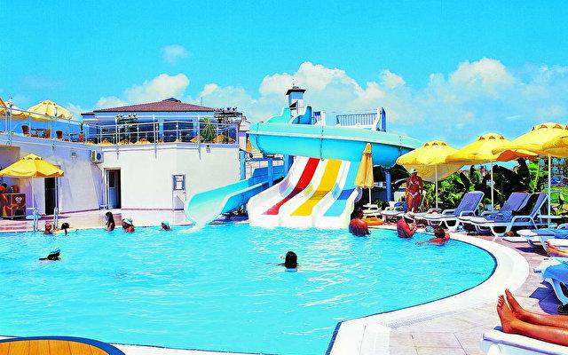 Club Victoria Hotel  2