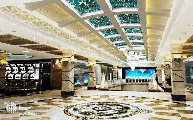 Crystal Waterworld Resort & Spa 7