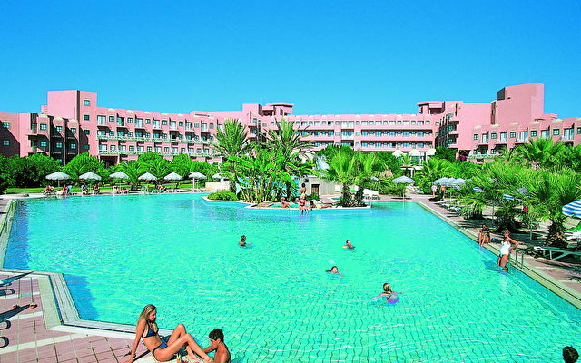 Crystal Tat Beach Golf Resort And Spa 3