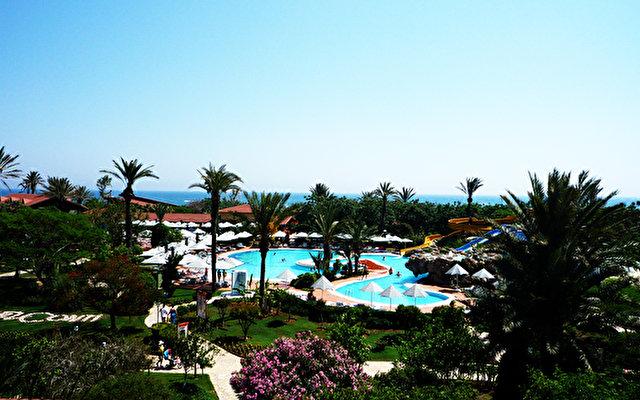 Belconti Resort Hotel 8