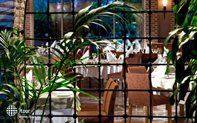 Gloria Verde Resort 10