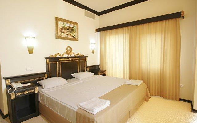 Cesars Temple Deluxe Hotel 3