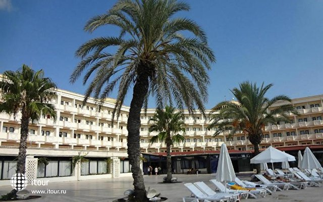 Cesars Temple Deluxe Hotel 10