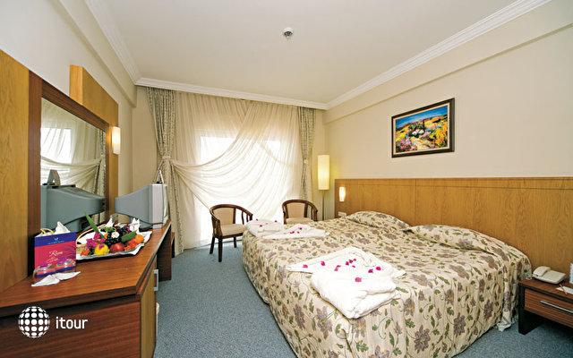 Dyadom Hotels Resort (ex Club Victoria Hotel) 5