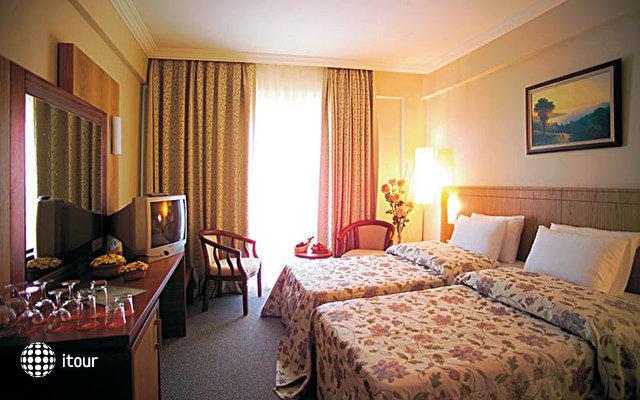 Dyadom Hotels Resort (ex Club Victoria Hotel) 7