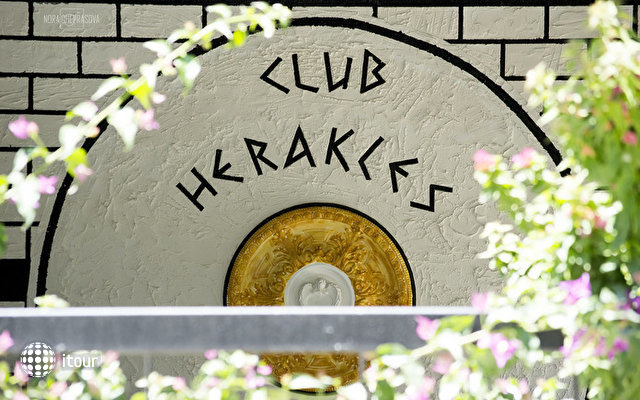 Club Herakles Hotel 10