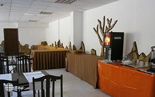 Club Herakles Hotel 3