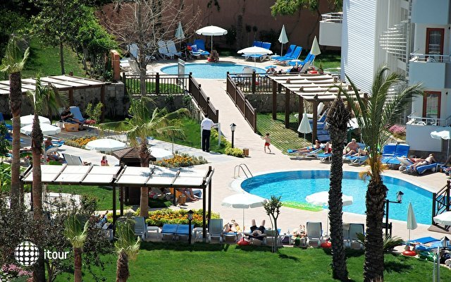 Monachus Hotel Park & Spa 5