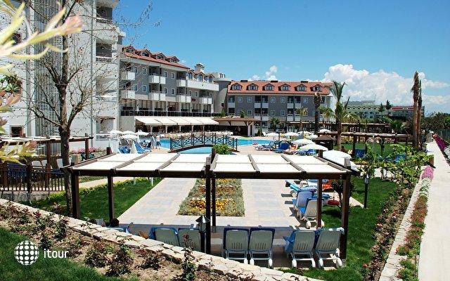 Monachus Hotel Park & Spa 2
