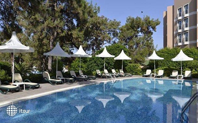 Turquoise Hotel 5