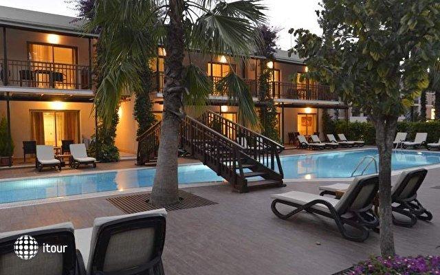 Turquoise Hotel 7