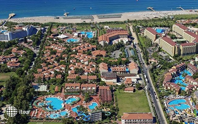 Club Hotel Turan Prince World 2