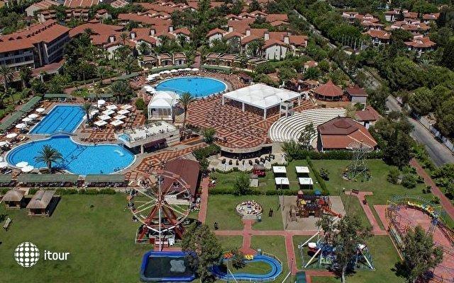 Club Hotel Turan Prince World 3
