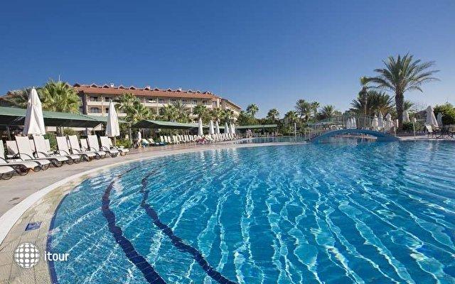 Club Hotel Turan Prince World 8