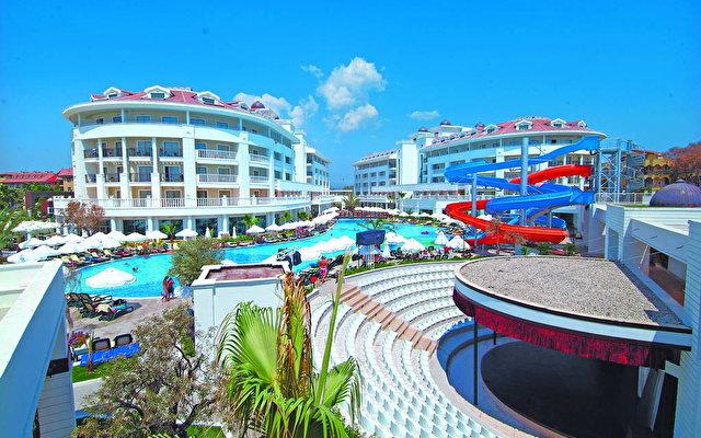 Alba Queen Hotel 1