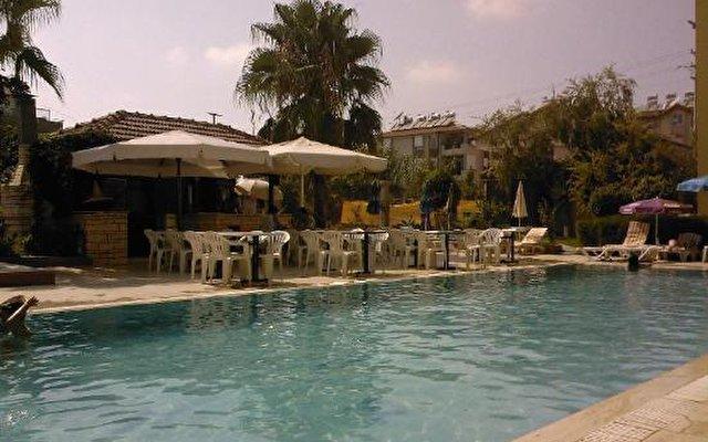 Erika Garden Hotel 8