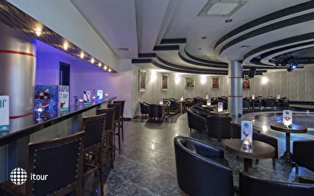 Alba Royal Hotel 8