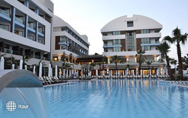 Port Side Resort 4