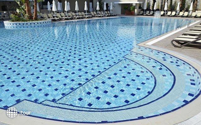 Port Side Resort 6
