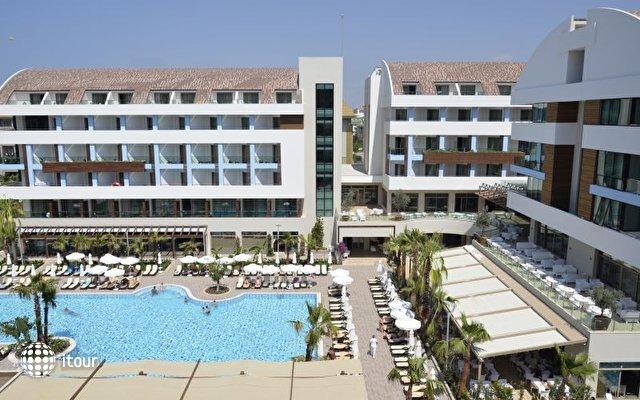 Port Side Resort 2