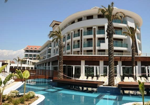 Evren Beach Resort & Spa 1