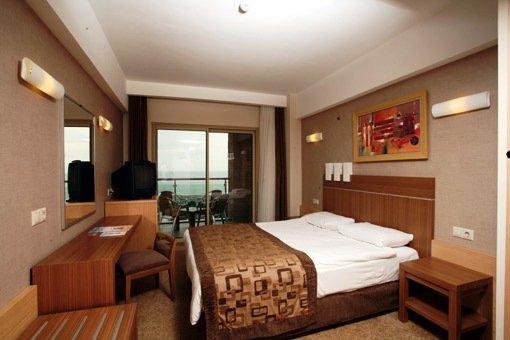 Evren Beach Resort & Spa 4
