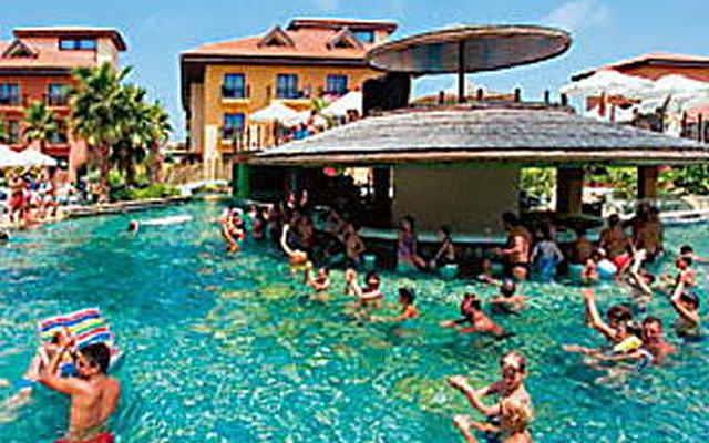 Club Grand Aqua 5