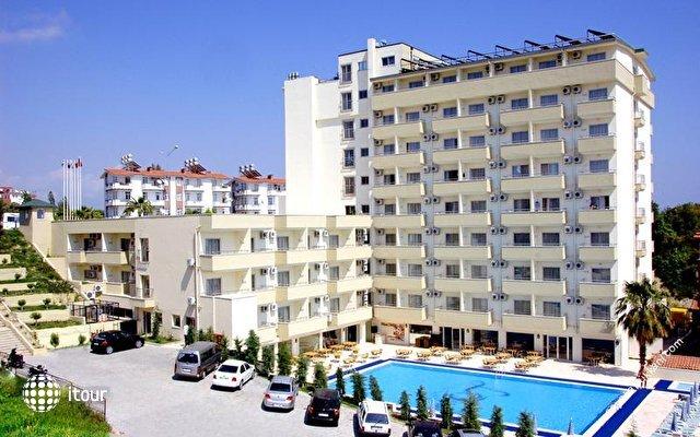 Hera Beach Hotel 1