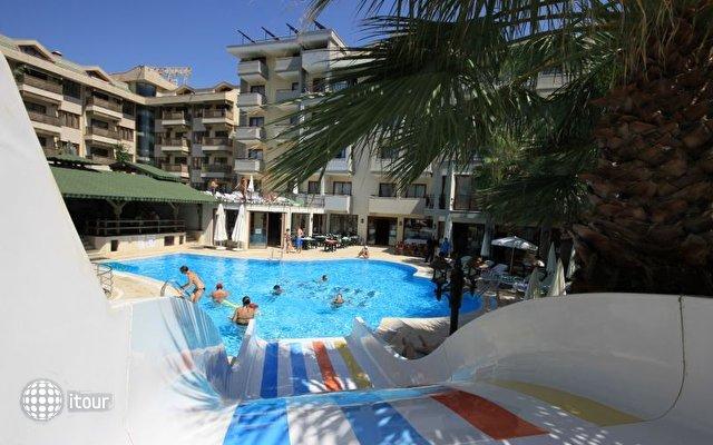 Hera Beach Hotel 5