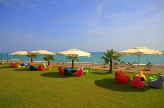 Pelin Beach 8