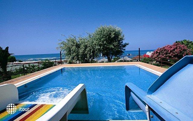 Emir Beach Hotel 5