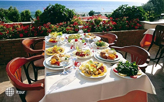 Emir Beach Hotel 9