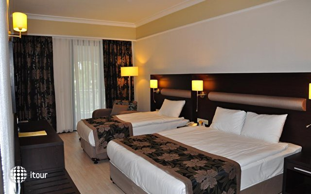 Maritim Hotel Saray Regency Hotel 7