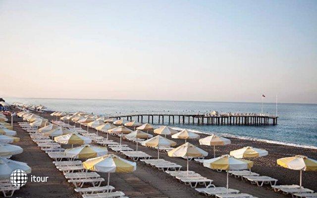 Sunrise Park Resort & Spa 9
