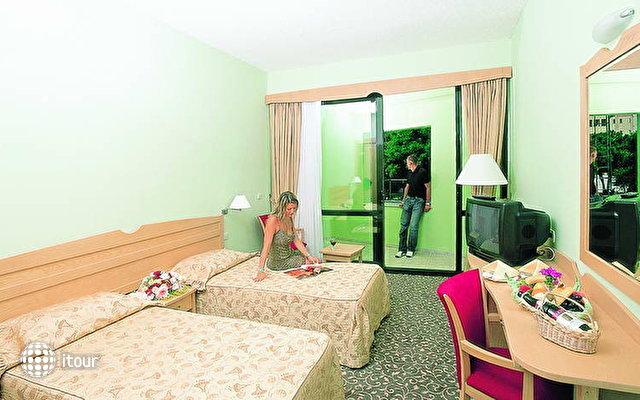 Arinna Hotel 5
