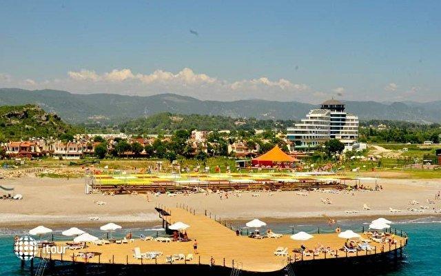 Raymar Hotel & Resort 4