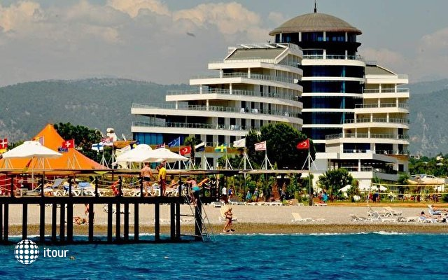 Raymar Hotel & Resort 2