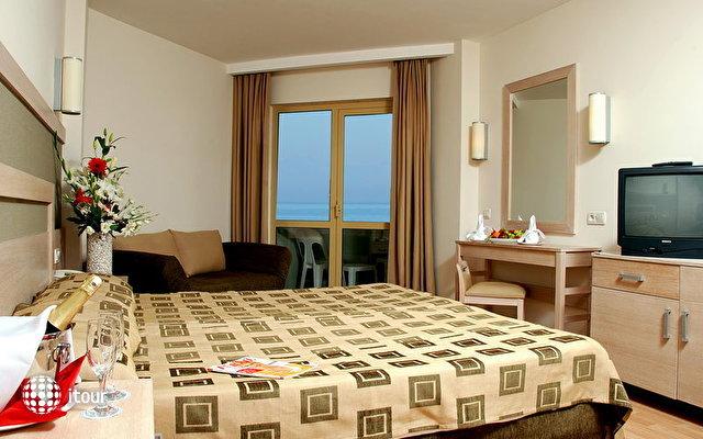 Side Breeze Hotel 6
