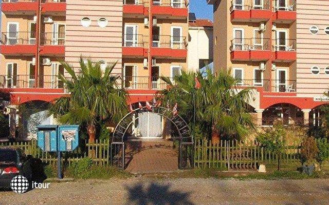 Sahara Hotel 9